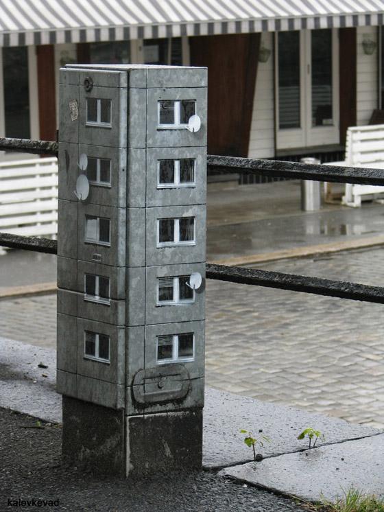 Evol - Street Art - Edifici in miniatura