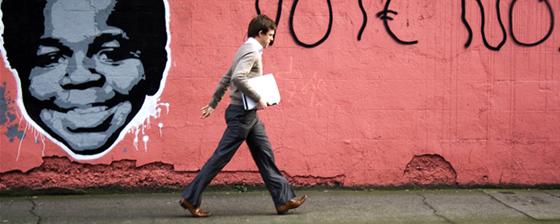Zibe - Street Art - Arnold poster art a Milano