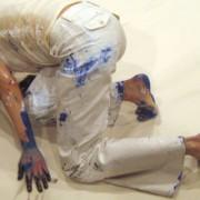 Janine Antoni - Artista e performer contemporanea