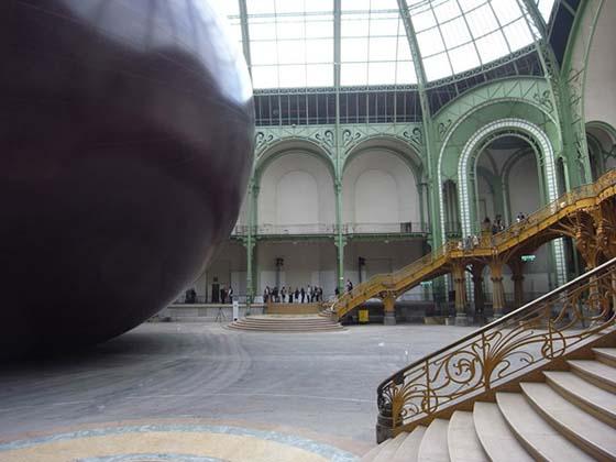 Anish Kapoor - Leviathan - Opera realizzata per il Monumenta 2011 a Parigi