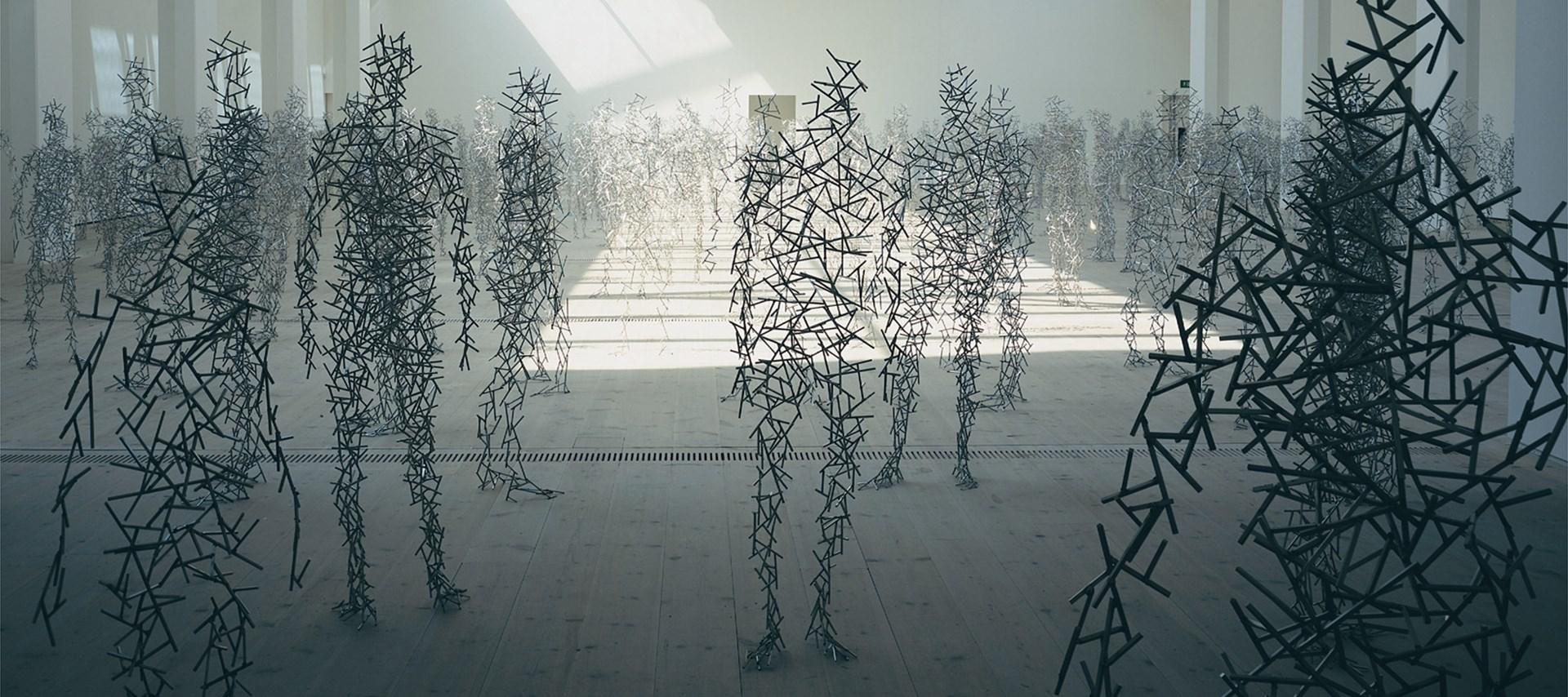 Le sculture antropomorfe di Antony Gormley | Collater.al