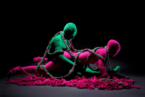 United Colors of Benetton - Lana Sutra - Installazioni di Erik Ravelo