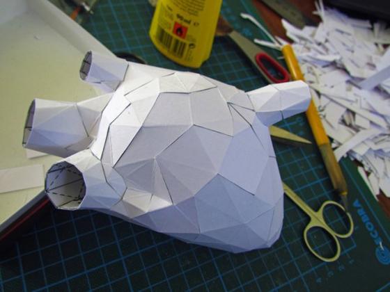 Horst Kiechle - Paper Torso - Busto realizzato con la carta