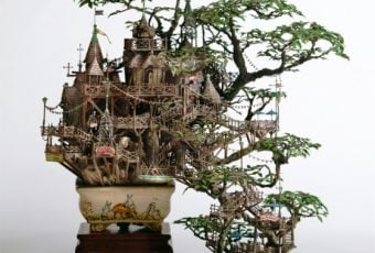 Takanori Aiba - Bonsai series - Edifici in miniatura costruiti su bonsai | Collater.al