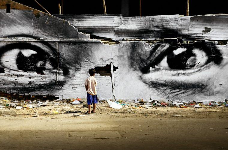 Inside Out Project, il progetto del fotografo JR