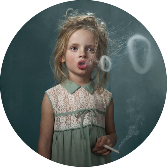 Frieze Janssens - Smoking Kids