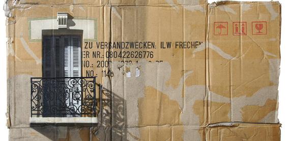 Cardboard Building - Edifici dipinti a stencil su cartone6