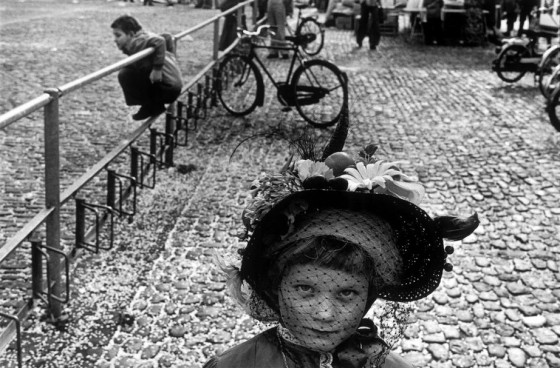 Martine Franck , moglie di Cartier-Bresson - 1977 Switzerland basel Carnival