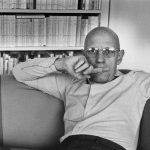 Martine Franck , moglie di Cartier-Bresson – France 1978 Michel Foucault at home