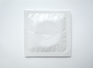 One-handed condom - Il primo condom che apri con una mano