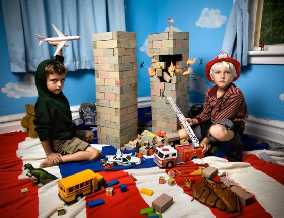 In the Playroom - Tragedie recenti interpretate dai bambini
