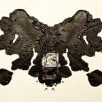 Esther Lobo – Rorschach – Serie fotografica su macchie di cibo inspirate al test psicologicoEsther Lobo – Rorschach – Serie fotografica su macchie di cibo inspirate al test psicologico