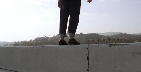 Gravity: A Falling Montage - Video realizzato da Plot Point Production usando scene di cadute del cinema