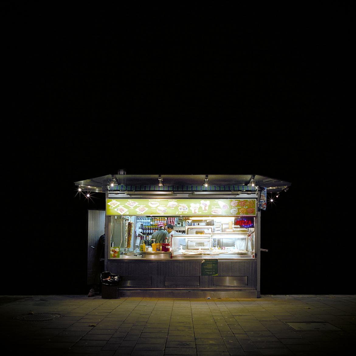 Stefan Fuertbauer - Eiterquellen - Ritratti notturni dei diners viennesi