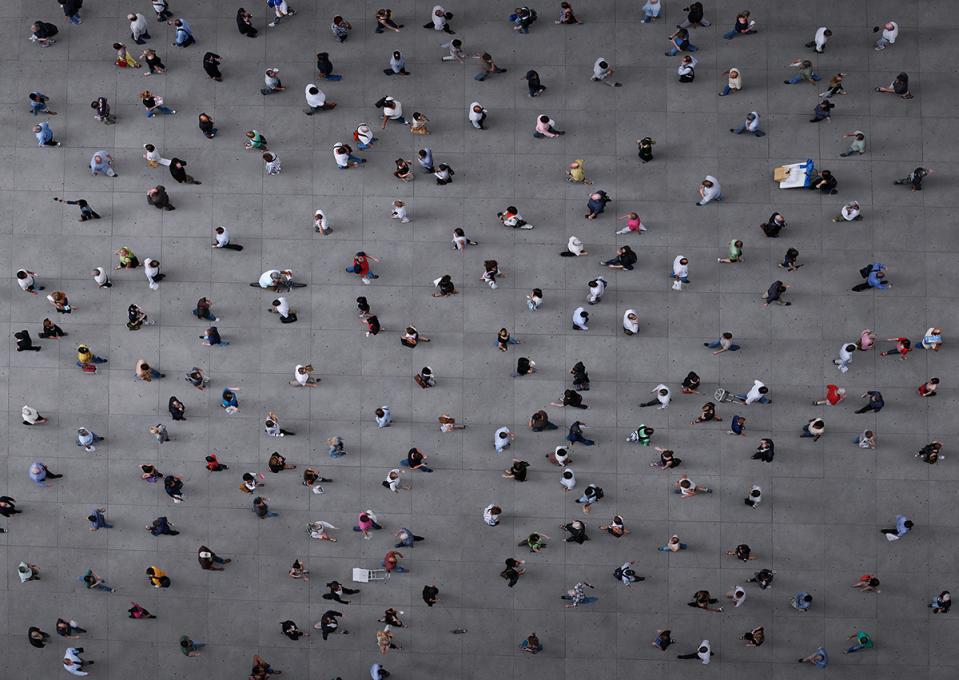 Squares, le foto aree false di Adam Magyar | Collater.al