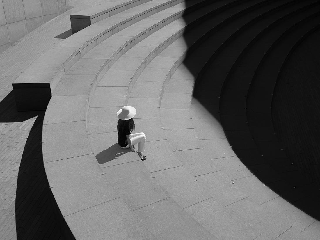 Il bianco e nero del fotografo londinese Rupert Vandervell | Collater.al