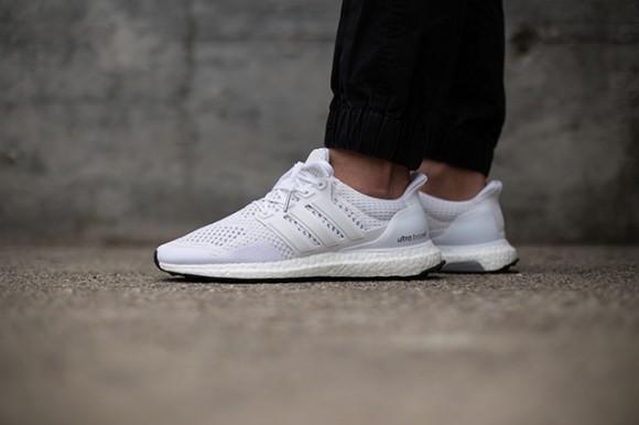 adidas-ultra-boost-white-black