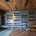 Hotel Hotel – Hotel ristrutturato con vecchie assi di legno | Collater.al