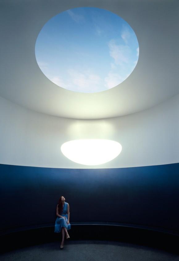james-turrell-the-color-inside-designboom-21