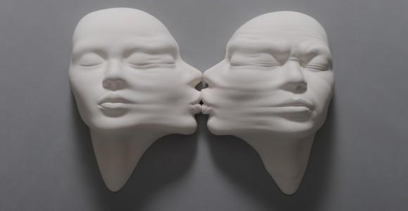 Lucid Dreams - I surreali volti di porcellana di Johnson Tsang | Collater.al evd