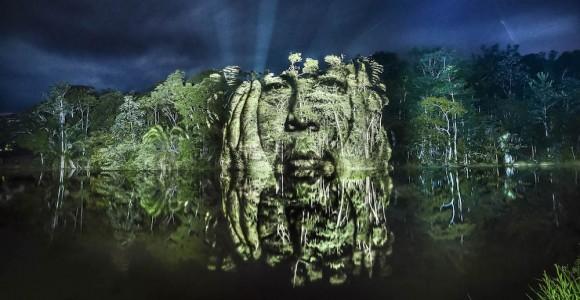 The Blood Forest - I ritratti degli indigeni proiettati nella Foresta Amazzonica   Collater.al
