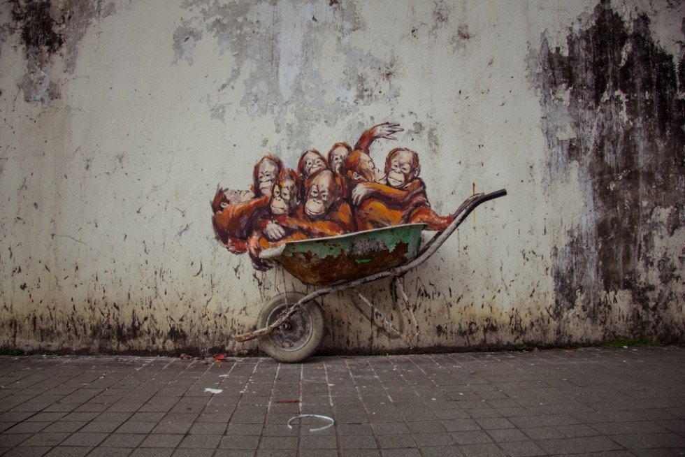 Rage Against the Machine - La nuova scultura murale di Ernest Zacharevic | Collater.al