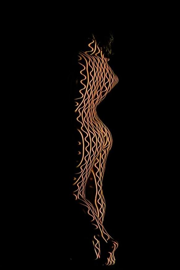 I corpi nudi avvolti nella luce di Dani Olivier | Collater.al