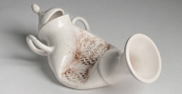 Abuse - Le porcellane torturate di Laurent Craste | Collater.al