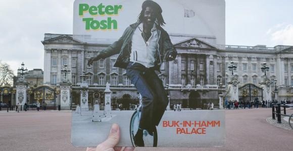 Cover - Retracing Reggae Record Sleeves - Alex Bartsch - Londra nelle copertine dei dischi reggae | Collater.al