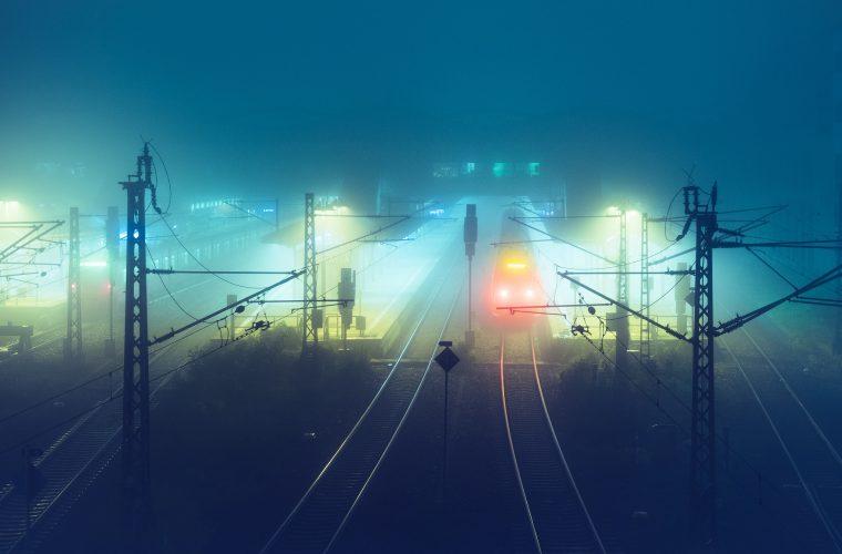 At Night, i bagliori notturni di Andreas Levers