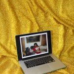 Dads – L'assenza paterna nelle foto manipolate di Camille Léveque | Collater.al