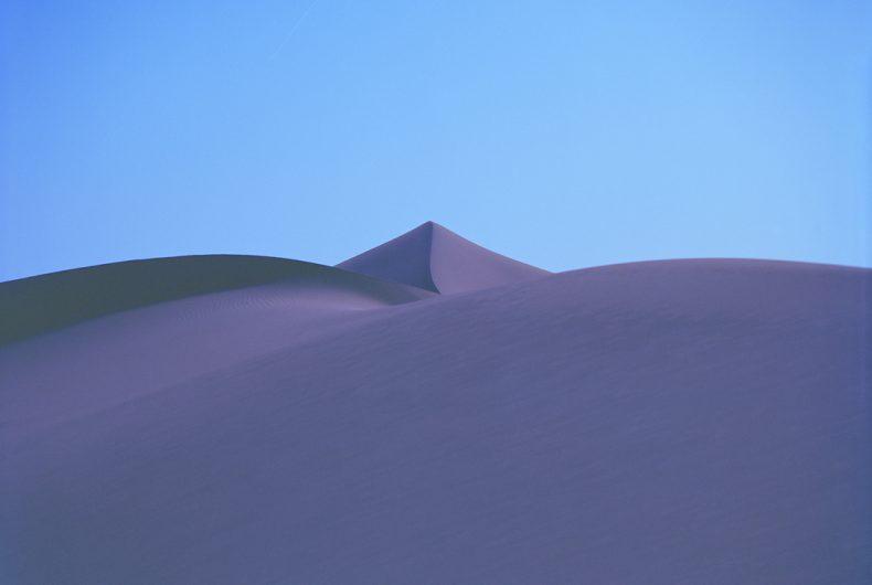 I paesaggi primordiali di Luca Tombolini