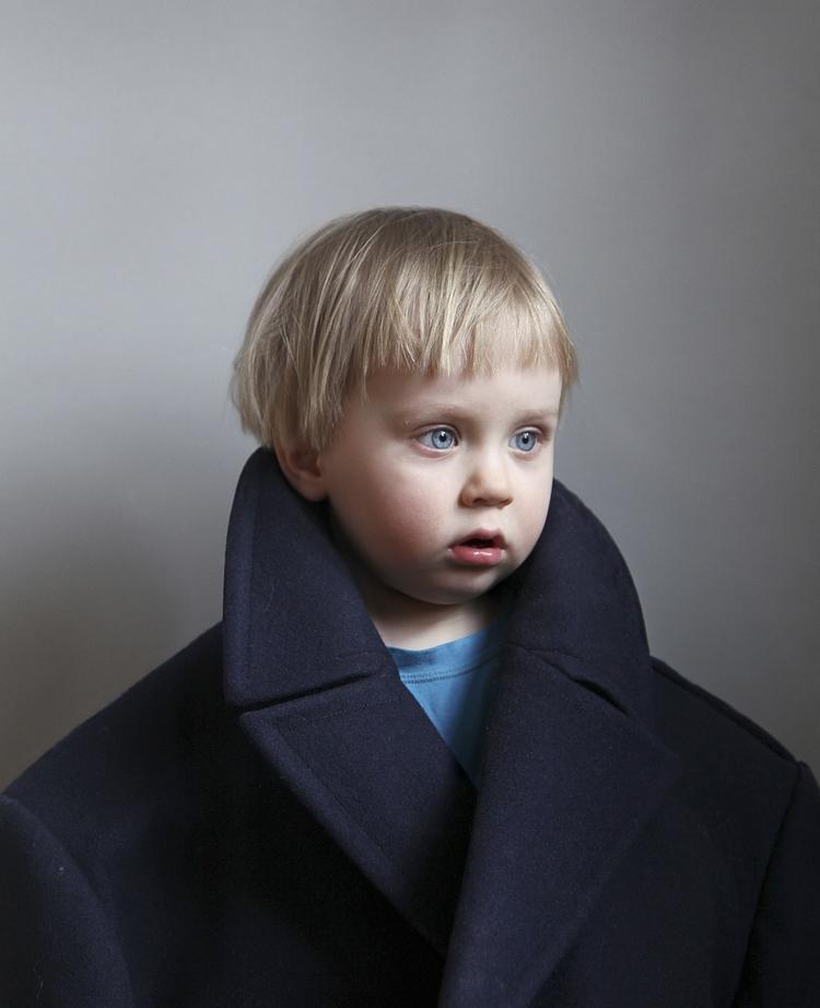 Father and son - Il rapporto padre figlio negli scatti manipolati di Sami Parkkinen | Collater.al
