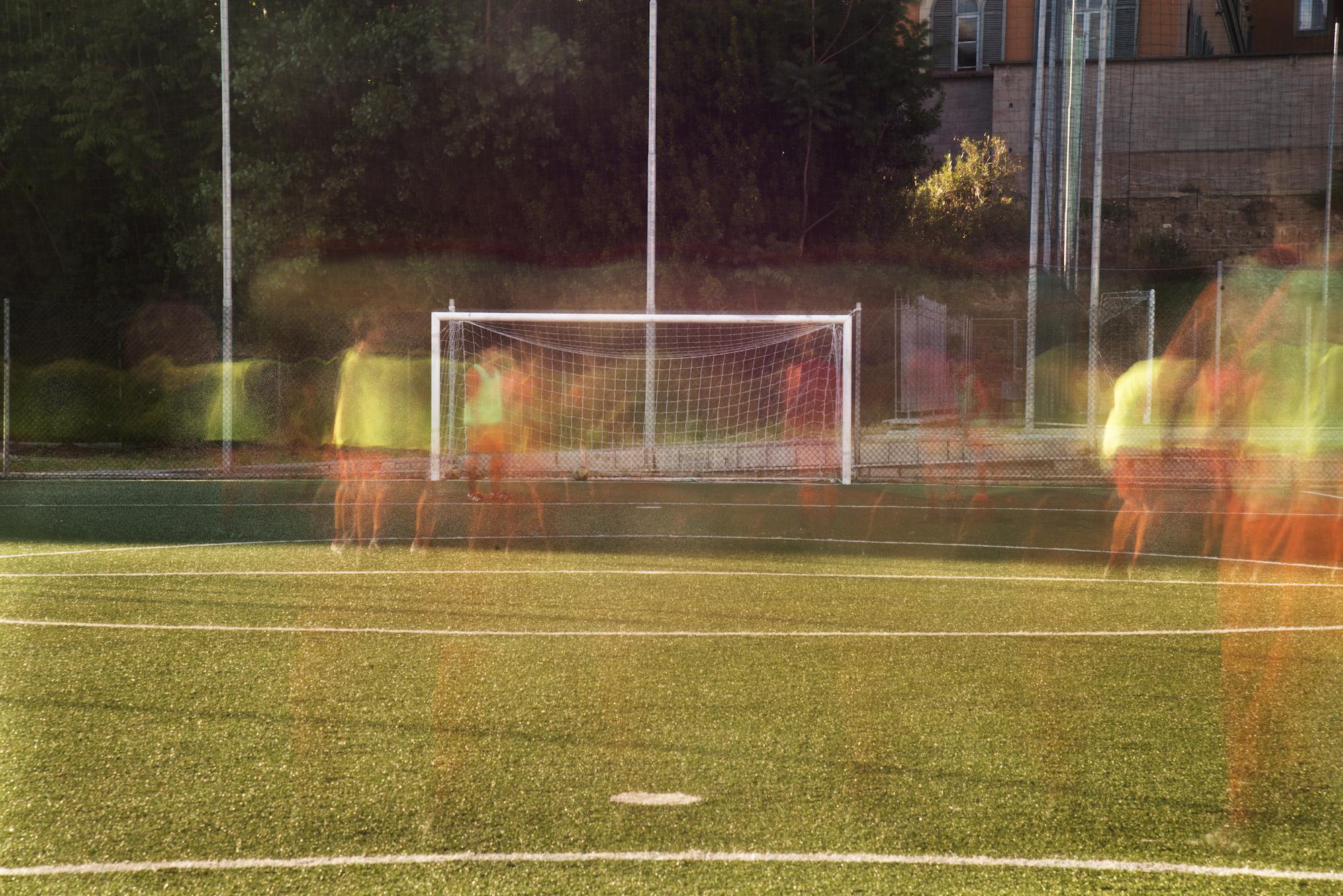 Il Day 2 di Totti X Roma è stato dedicato ai fotografi, 3 ragazzi con un solo obiettivo: andare in cerca di ricordi nei luoghi dell'infanzia del Capitano.