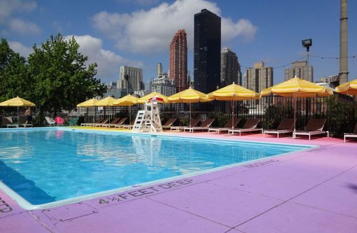 Rainbow Pool, una piscina colorata fra Manhattan e il Queens