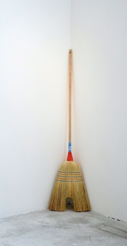 Gli oggetti distorti dell'artista spagnolo Jaime Pitarch | Collater.al 4