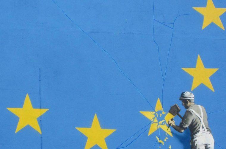 La Brexit nel nuovo murales di Banksy a Dover