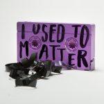 Quotes on shit, le volgarità di Jessica Walsh & Timothy Goodman su oggetti comuni   Collater.al