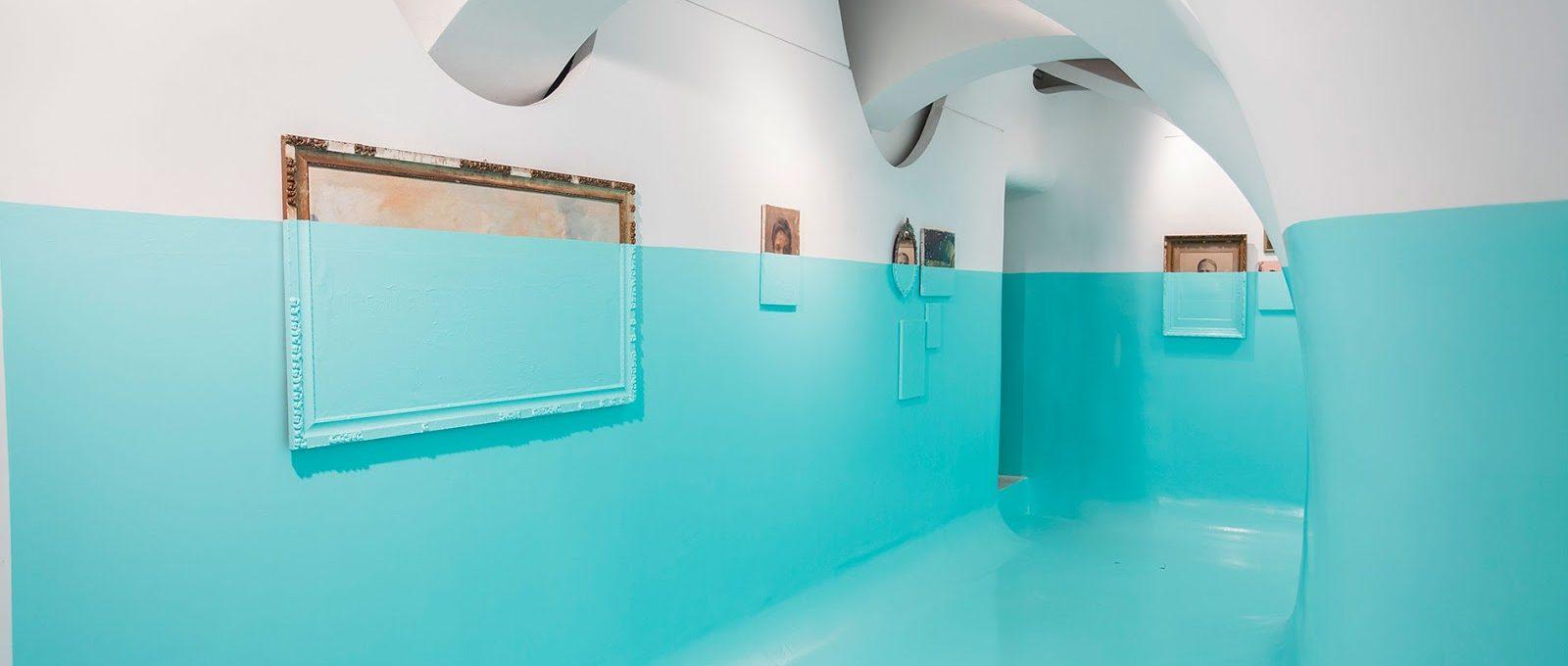 Antivegetativa, l'installazione di Davide D'Elia che sfida la forza vitale della natura