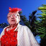 Haddon Hall, gli anziani pensionati di Miami immortalati da Naomi Harris | Collater.al
