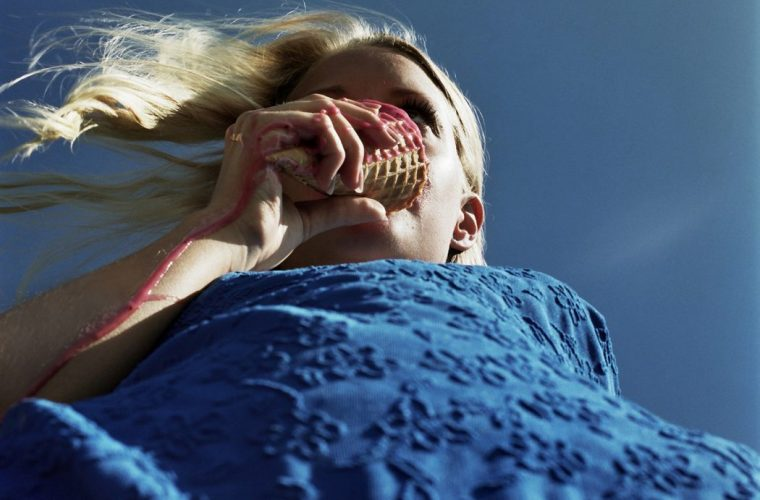 Annelie Vandendael's shots glorify real beauty
