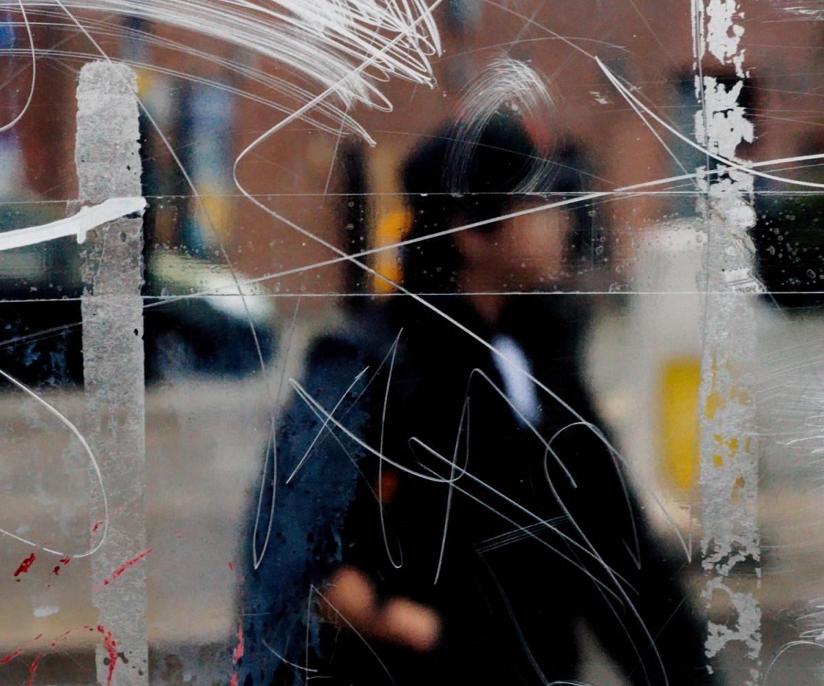 Bus Stop, il progetto anti-fotografico di Stephen Calcutt
