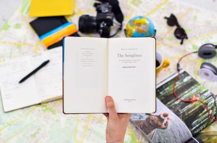 Vintage Classics and Moleskine celebrate the 30th anniversary of Chatwin's Songlines with a contest on travel experiences