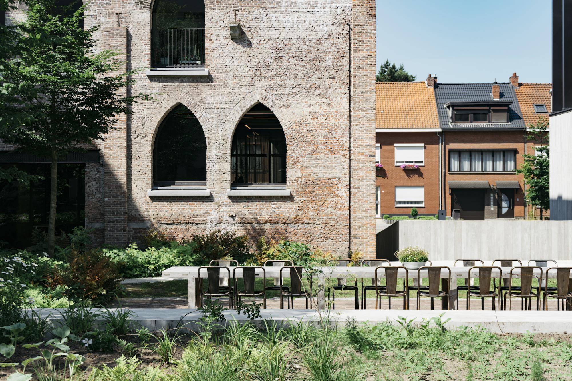 Kanaal, un universo incantato a pochi passi da Anversa | Collater.al