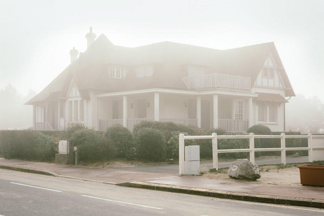 Plage Isolee, la solitudine nelle fotografie di Raul Guillermo | Collater.al 7