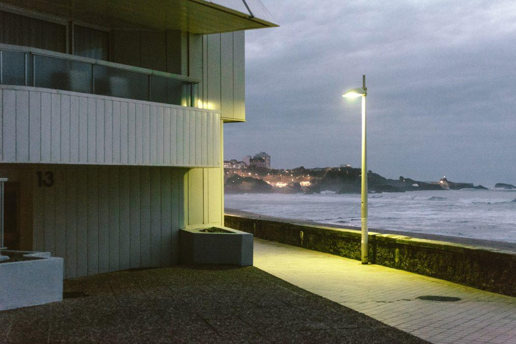 Plage Isolee, la solitudine nelle fotografie di Raul Guillermo | Collater.al 8
