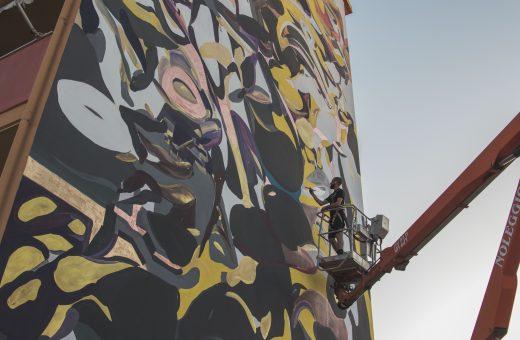 Architettura Liquida n.3, la nuova parete di Giorgio Bartocci a Iglesias