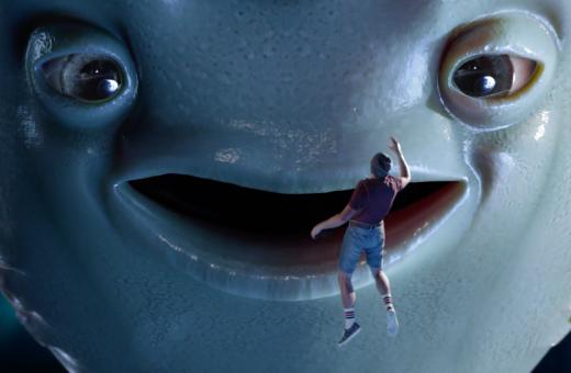 Milky Shot, l'assurdo commercial di Roy Kafri