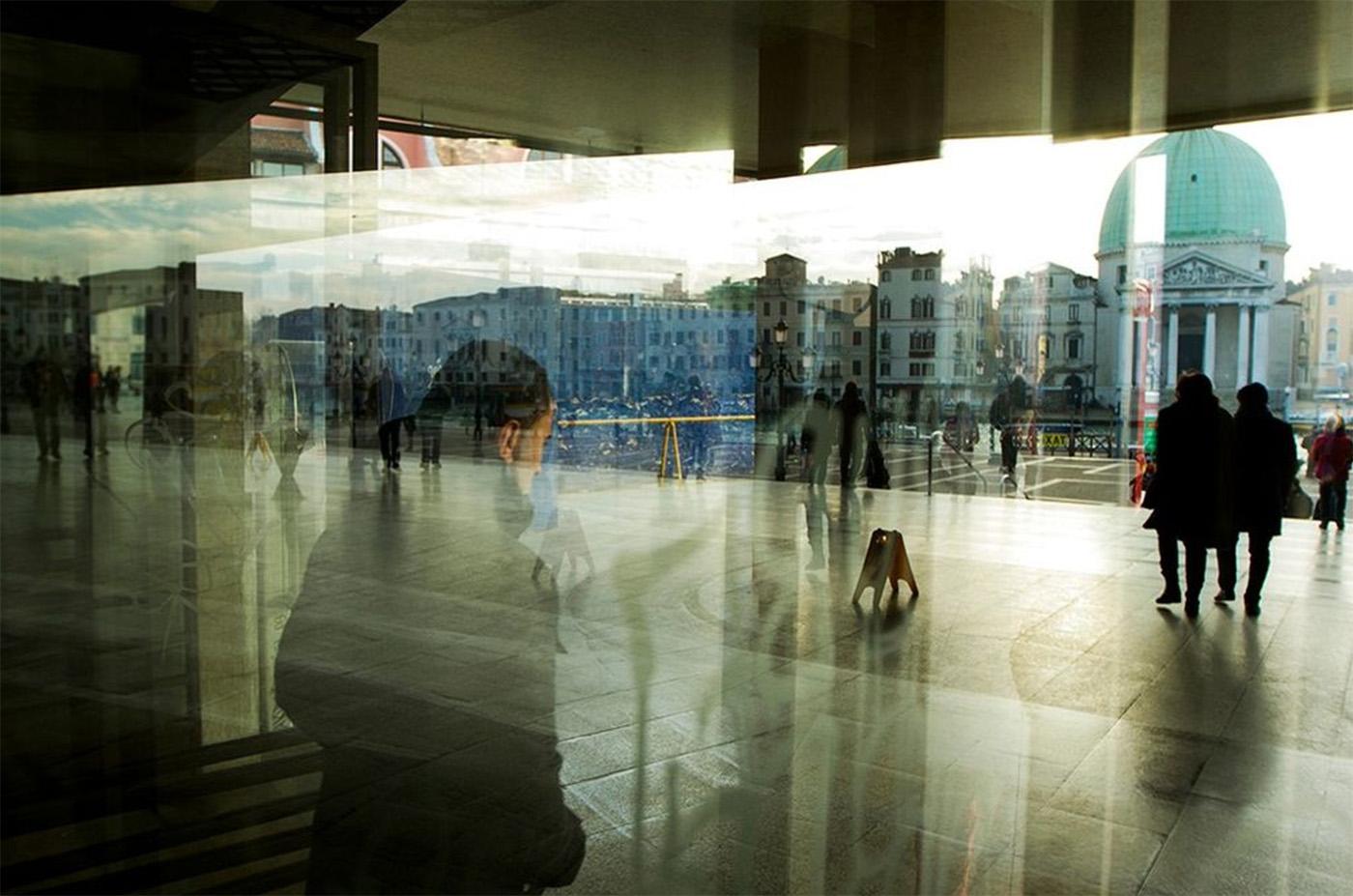 Behind A Glass, i riflessi della città nel scatti di Umberto Verdoliva | Collater.al 4