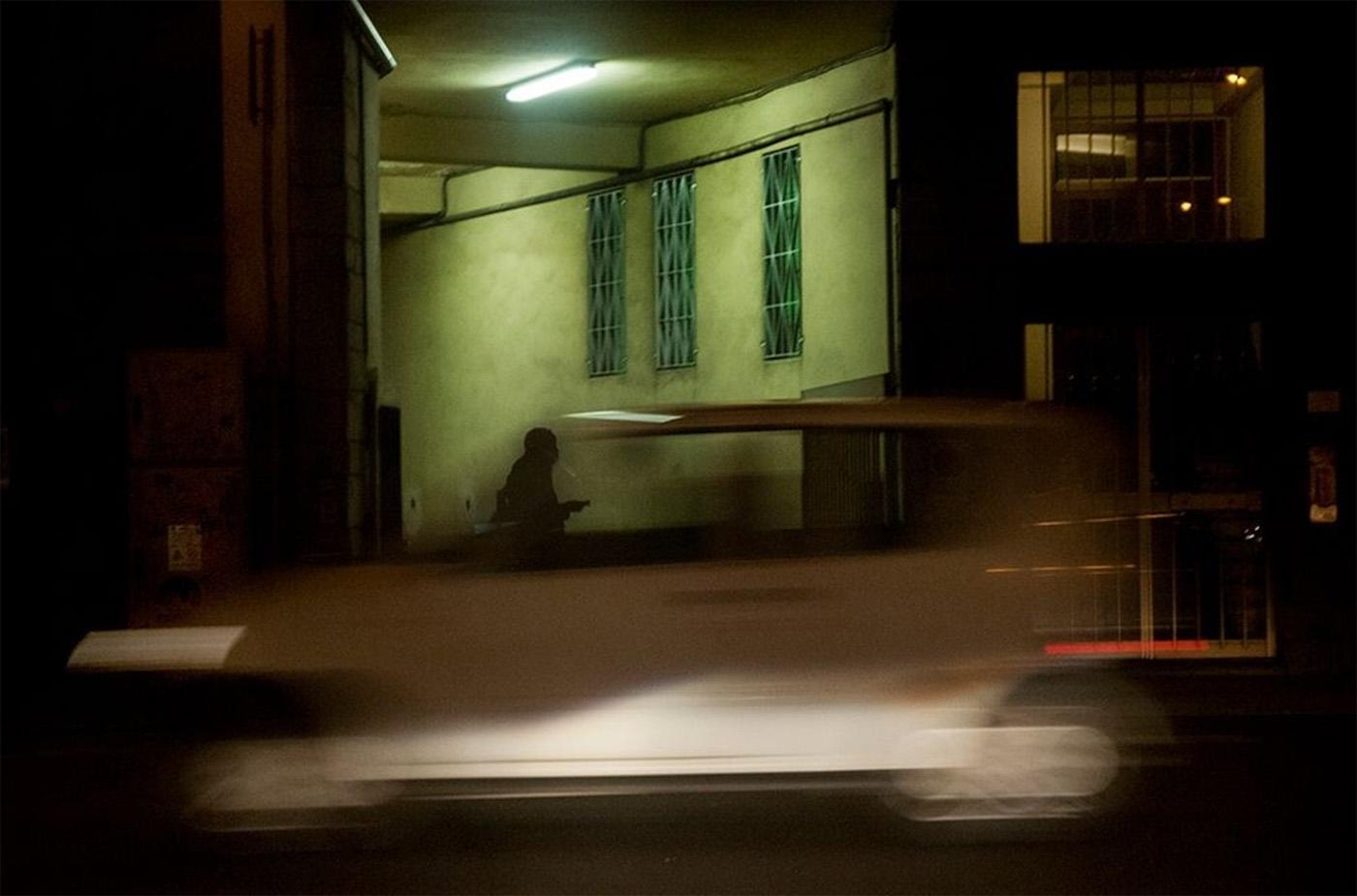 Behind A Glass, i riflessi della città nel scatti di Umberto Verdoliva | Collater.al 9